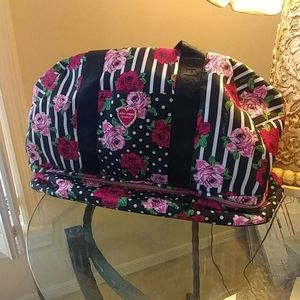 Betsey Johnson Large Wéekender Duffel